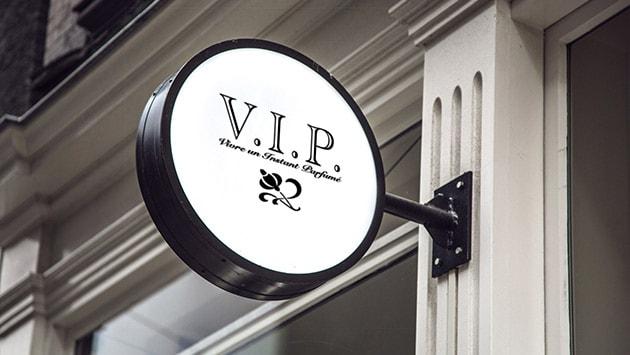 V.I.P Live a perfumed moment